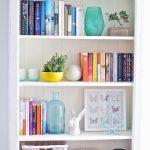 ویدیو: کتابخانه منزلتان را همانند یک طراح داخلی بچینید