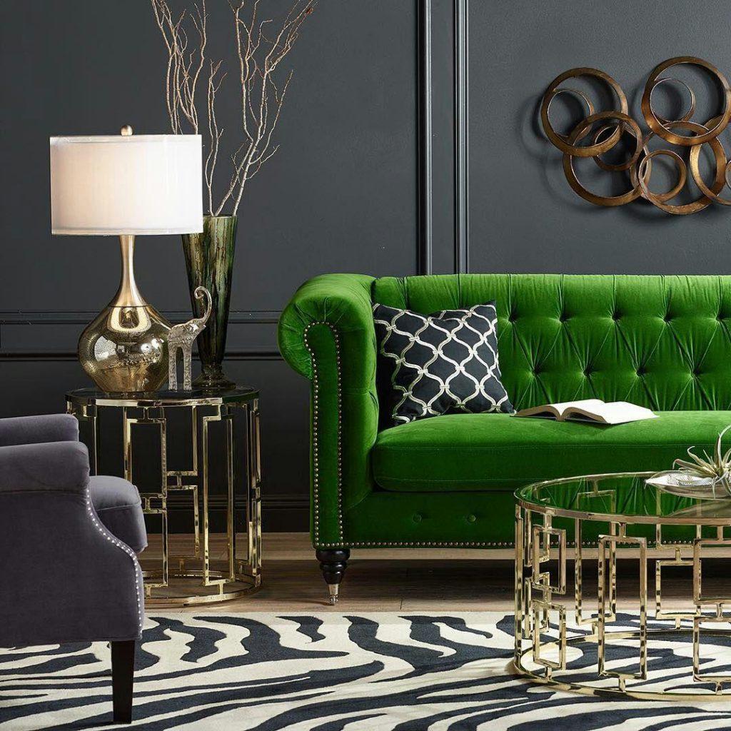 استفاده از مبل سبز رنگ در اتاق نشیمن - چیدوپلاس