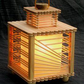 ساخت چراغ خواب با چوب بستنی